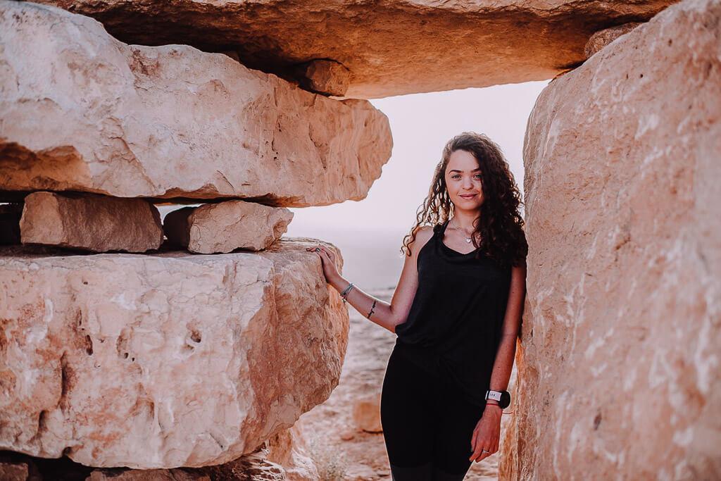 גן הפסלים טיילת מצפה רמון - צילום: אנה דולקין